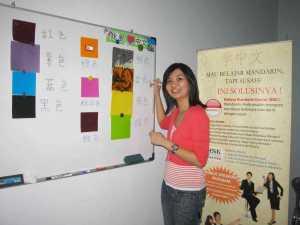 Belajar Bahasa Mandarin Tentang Warna